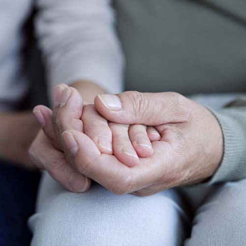 sarah-leishman-mmft-therapy-couples-hands-02